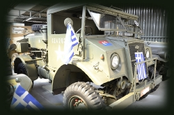 TRUCK, 15-cwt, 4x4, Water, Chevrolet 8444/C15A_7